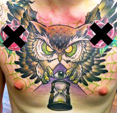 Old school 3 colors Owl tattoo works by Neo Tattoos New School Chest Tattoo, Picture Tattoos, Tattoo Photos, Neo Tattoo, Chest Piece Tattoos, Great Tattoos, Awesome Tattoos, World Tattoo, Animal Heads