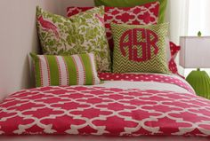 Love this color combo and of course Viv & Lou love monogramming!