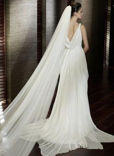 https://flic.kr/p/BGchYD | Trouwjurken | Wedding Dress, Wedding Dress Lace, Wedding Dress Strapless | www.popo-shoes.nl