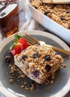 There are obvious reasons to love baked french toast—mainly because it's french toast, and french toast is one of the best breakfast foods ever created. Bold statement? Perhaps. But you have to adm…