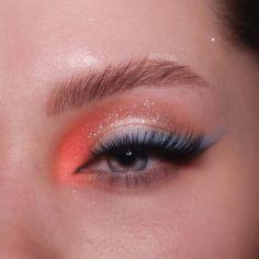 Powder Paint, Blue Peach, Baby Blue, Makeup Ideas, Eye Makeup, Vanity, Eyes, Instagram, Beauty
