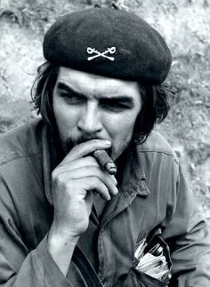 Ernesto Che Guevara in Sierra Maestra, 1958 Che Guevara Tattoo, Che Guevara Photos, Family Stock Photo, Ernesto Che Guevara, Protest Posters, Cienfuegos, Fidel Castro, Popular Culture, Revolutionaries