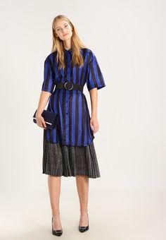 0e44960fcd ¡Consigue este tipo de falda plisada de Moss Copenhagen ahora! Haz clic  para ver