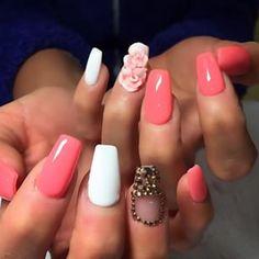 Nails #pink #acrylic