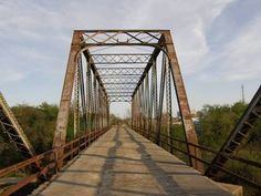 Ohio Street Bridge, Wichita Falls, Texas.. been down this plenty of times.