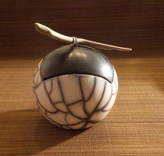 1480-atelier-veronique-derre-ceramique-gamme-raku-boite-boule-raku-nu-(2).jpg_335_1080_MAX_773e6.jpg (335×320)