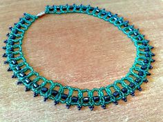 Free pattern for necklace Marsella
