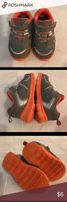 Garanimals Toddler Boys Tennis Shoes size 6 Garanimals toddler size 6 tennis shoes. Smoke free home! Shoes Sneakers