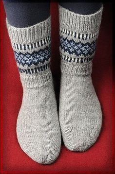 Neulomuksia Fair Isle Knitting, Knitting Socks, Knitting Stitches, Hand Knitting, Winter Socks, Wool Socks, Knitting Accessories, Women Accessories, Baby Knitting Patterns