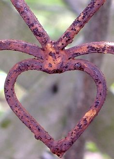 rusted heart = forever and always, good times and bad!!
