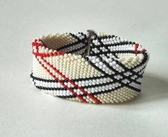Burberry bracelet beaded bracelet the bracelet in the cell