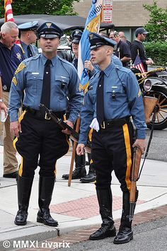The NJ State Police uniform design definitely pre-dates WW2, though. Description from freerepublic.com. I searched for this on bing.com/images
