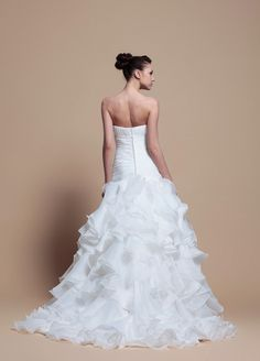 Elegant A-Line Ruffled Organza With Dropped Waist Wedding Dress,Style No.0bg01709,US$438.98