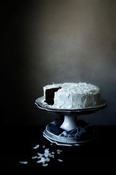Gluten free chocolate, orange and cocconut cake © Mónica Pinto