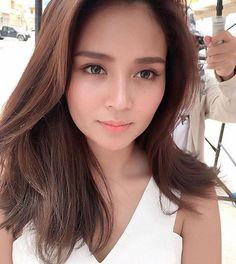 Find out new hair care tips. Hairstyles For Long Hair. Filipina Actress, Daniel Padilla, Liza Soberano, Asian Hair, Hair Care Tips, About Hair, Girl Crushes, Hair Goals, New Hair