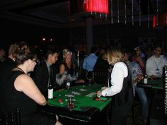 Casino party ideas casino nights casino theme party on the g Casino Party Games, Casino Theme Parties, Party Themes, Yellow Summer Squash, Casino Cakes, Casino Outfit, Night Snacks, Weight Loss Snacks, Kids Diet