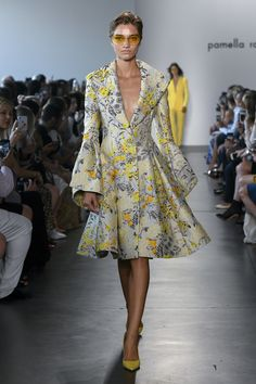 Pamella Roland Spring 2019 Ready-to-Wear Collection - Vogue