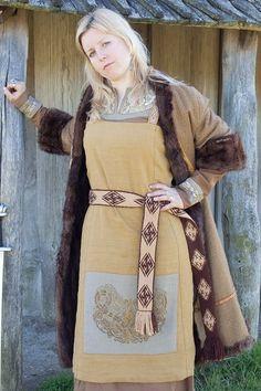 ::::    PINTEREST.COM christiancross    ::::  Austrríki - Viking Age clothing