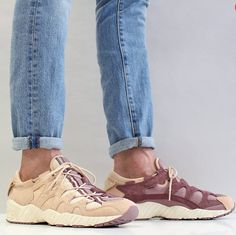 FOR SALE  Asics New Men s Gel Mai Shoes Amberlight Rose Taupe Hype Shoes 04bdba4a13710