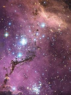 Large Magellanic Cloud nearly 200 000 light-years from Earth