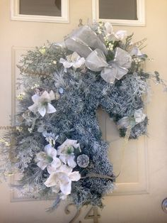 Frosted Artifical by Alldesignsequine Deco Mesh Wreaths, Holiday Wreaths, Burlap Wreaths, Wreath Crafts, Diy Wreath, Outdoor Christmas Decorations, Christmas Crafts, Horse Head Wreath, Winter Horse