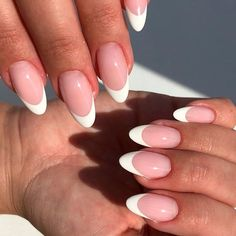 New French Manicure, French Manicure Designs, French Nails, Nail Designs, Manicure Colors, Manicure Ideas, Nail Ideas, Nail Colors, Round Nails