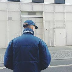 Photo from @remi.carl.d | #vintagehellyhansen #hellyhansen #hellyhansenjacket #5panel #yupoong #90s #90sstyle