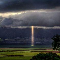 Oh yea...Maui beams.. .