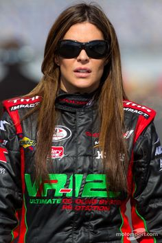 well do you and if so why are you really just looking for some glamour . Grand Prix, Joy Ride, Female Athletes, Real Women, Race Cars, High Fashion, Sunglasses Women, Beautiful Women, Racing
