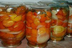 Помидоры «Пальчики оближешь». Ингредиенты: — 3 кг помидоров; — 7-8 зубков чеснока; — 2-3 головки репчатого лука; — растительное масло. Маринад: — 3 л воды; — 3 стол. ложки соли; — 7 стол. ложек сахара; — перец душистый; — лавровый лист; — 1 стак. 9% уксуса. Приготовление: Этот рецепт у меня уже лет 15, мне ...