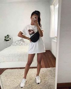 everyday outfits for moms,everyday outfits simple,everyday outfits casual,everyday outfits for women Mode Outfits, Girl Outfits, Fashion Outfits, Fashion Top, Woman Fashion, Fashion 2020, Thanksgiving Outfit, Teenage Outfits, College Outfits