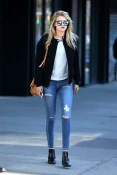New Street Style Outfits to Try in 2015 : People will stare. Make it worth their while.