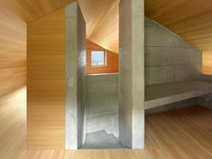 Image 8 of 18 from gallery of Chalet, Val D'hérens / Savioz Fabrizzi Architectes. Photograph by Thomas Jantscher Concrete Architecture, Residential Architecture, Interior Architecture, Interior Design, Cabin Interiors, Wood Interiors, Swiss Chalet, Swiss Alps, Wood Cladding