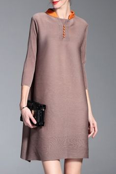 Shop shyslily khaki ruched a line dress here, find your mini dresses at dezzal, huge selection and best quality. Simple Dresses, Nice Dresses, Casual Dresses, Short Dresses, Fashion Dresses, Work Fashion, Fashion Looks, Fashion Design, Mode Simple