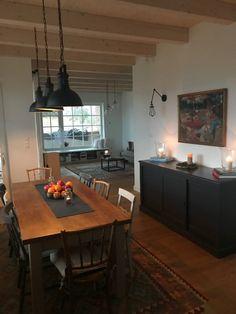 Otthon-tervezés más szempontból – Mindenüttjóde Corner Desk, New Homes, Table, House, Furniture, Home Decor, Corner Table, Decoration Home, Home