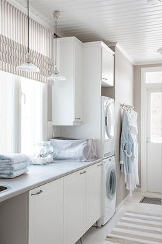 Something so Finnish about this utility room! Looking good! Rauhalan kodinhoitohuone