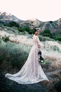 "TL FEATURE | Tara Lauren ""Gold Ireland"" Dress  Intimate Moroccan-Inspired Mountain Wedding 