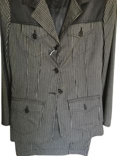Moschino Charcoal Grey and White Jeans Skirt Suit Size 8 (M). Free shipping and guaranteed authenticity on Moschino Charcoal Grey and White Jeans Skirt Suit Size 8 (M)Chic, Moschino Skirt Suit. Size 8 in USA and 42 It...
