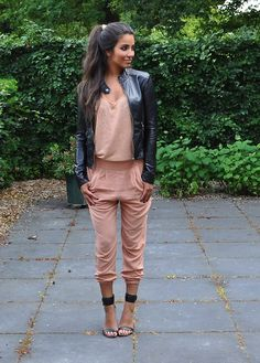 Discover this look wearing Black Pimkie Jackets, Light Pink H&M Pants, Light Pink Monki Tops - SPORTY by satisfashion styled for Casual, Shopping in the Spring Fashion Mode, Look Fashion, Womens Fashion, Luxury Fashion, Fashion Design, Mode Outfits, Fashion Outfits, Fashion Heels, Fashion Pants