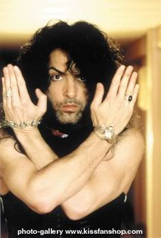 LOVED those scruffy-faced days! - Paul Stanley