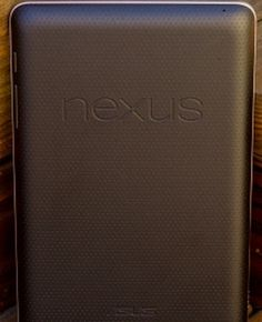 Google to co-brand 10-inch Nexus tablet with Samsung - CNET Mobile