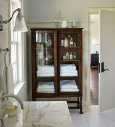 bathroom linens storage