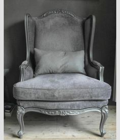 Antique grey  In love