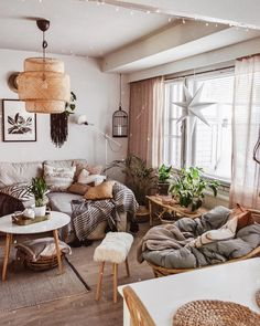In case youre on the chase for cute prompt inside structure sight to behold to motivate your own bohemian style living space look to bohemian furniture! Boho Living Room, Cozy Living Rooms, Home And Living, Living Room Decor Lights, Bohemian Living Spaces, Modern Living, Bohemian Furniture, Home And Deco, Living Room Inspiration