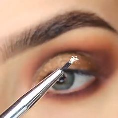 Eyeliner is one of the best type of eye makeup that helps to enhance your eyes and make it look more beautiful. By applying eyeliner you can accentuate your eyes…View Post Best Eyeshadow, Eyeshadow Makeup, Makeup Brushes, Eye Makeup Tips, Makeup Inspo, Face Makeup, Dark Circles Makeup, Eyeliner, Extreme Makeup