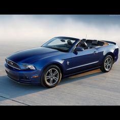 2012 Mustang Convertible
