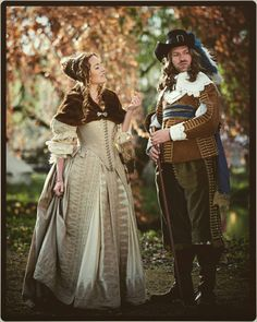 This picture  is made by Jimmy Purimahuwa, and we are wearing our handmade 1640s and 1660s Dutch costumes.  Costume maker : Angela Mombers