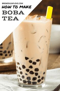 Bubble Tea Straws, Bubble Milk Tea, Bubble Juice, How To Make Boba, Boba Tea Recipe, Milk Tea Recipes, Jasmine Milk Tea Recipe, Boba Drink, Latte