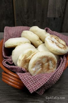 Batbout, οι απίθανες πιτούλες από το Μαρόκο για τέλεια σάντουιτς ⋆ Cook Eat Up! Good Food, Yummy Food, Sweet And Salty, Cooking Time, Finger Foods, Bread Recipes, Delicious Desserts, Food Art, Bakery