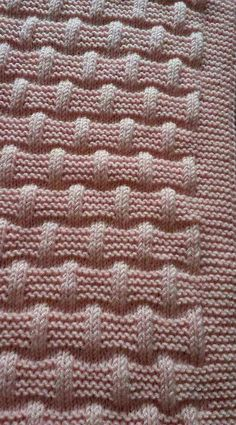 Lattice with seed stitch - Square knitting pattern Baby Knitting Patterns, Knitting Stiches, Knitting Charts, Knitting Designs, Knitting Projects, Hand Knitting, Stitch Patterns, Seed Stitch, Knitting Tutorials